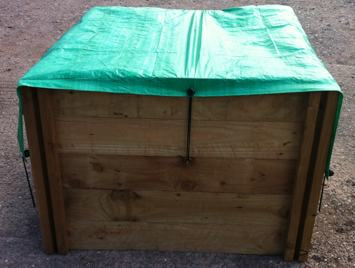 Hoes voor houten compostbak